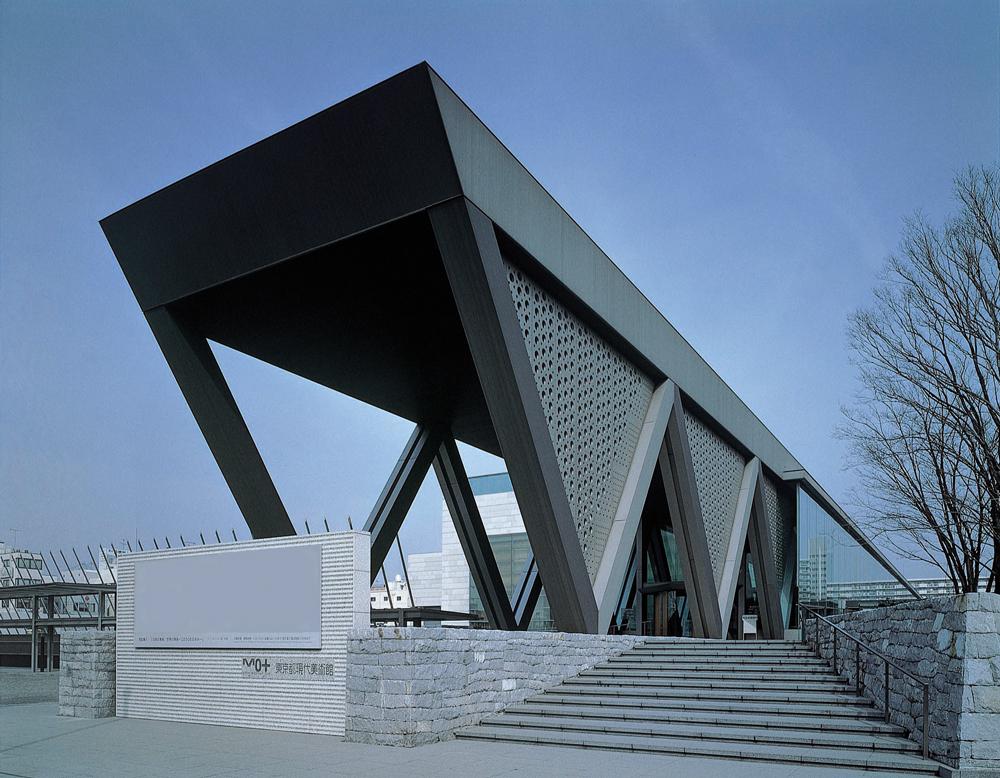 東京現代美術館 約2,000m(自転車9分)