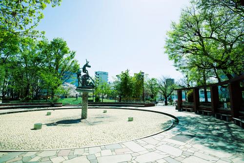 日暮里南公園 約170m(徒歩3分)