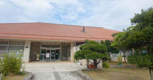 豊見城市中央図書館 約2.1km(車5分)