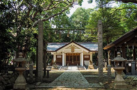 日野神社 約120m(徒歩2分)