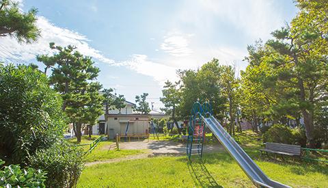 幕張西一丁目第五公園 約220m(徒歩3分)
