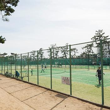 芦屋公園テニスコート 約1,330m(徒歩17分)