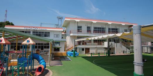 長丘幼稚園 約680m(徒歩9分)