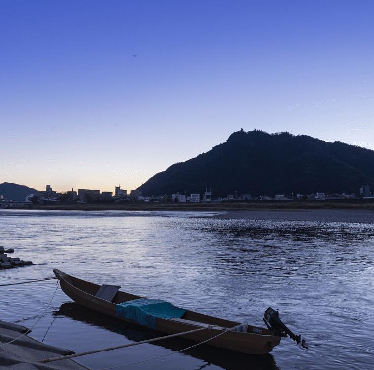 長良川 約1,770m(徒歩23分)