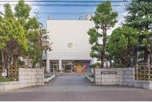 区立上小松小学校(徒歩6分・約450m)