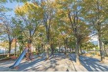 東新小岩二丁目公園(徒歩1分・約50m)