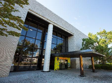刈谷市美術館 約1,490m(徒歩19分)