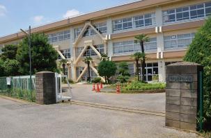 市立柏第七小学校 約560m(徒歩7分)