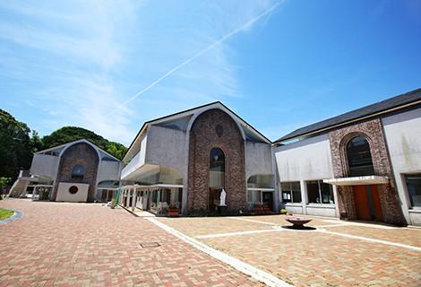 福岡雙葉小・中・高等学校 約880m(徒歩11分)