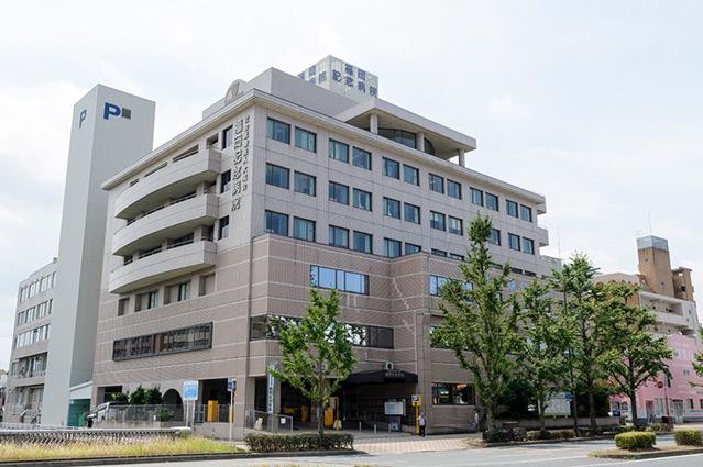 福岡記念病院 約690m(徒歩9分)