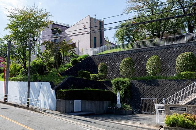 平尾大池公園 約340m(徒歩5分)