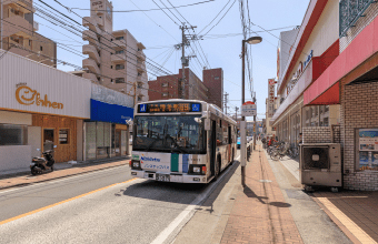 小笹バス停 約160m(徒歩2分)