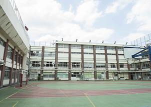 山中小学校 約310m(徒歩4分)