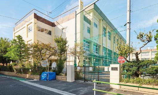 小松南小学校【通学校】 約470m(徒歩6分)
