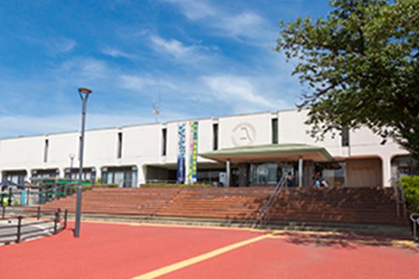 富士見市役所 約1,190m(徒歩15分)