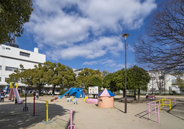 宮田公園 約390m(徒歩5分)