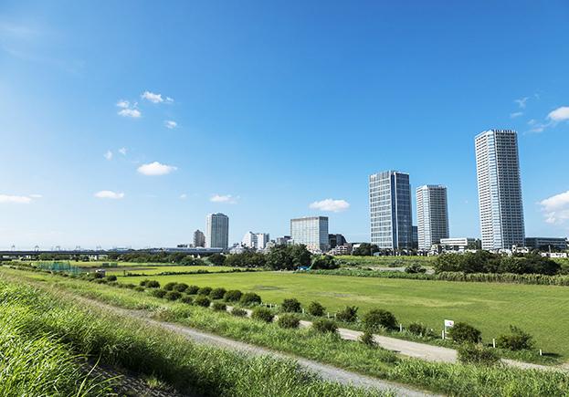 多摩川サイクリングコース 約960m(徒歩12分)