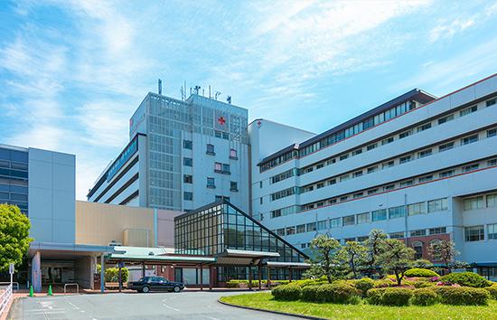 武蔵野赤十字病院〔総合〕 約80m(徒歩1分)