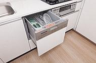 可動音が静かな、低騒音構造の食器洗い乾燥機を標準装備。使用水量は手洗いの1/7以下で、使えば使うほどおトクです。