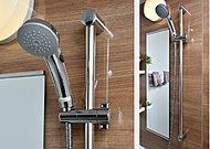 シャワーヘッドに内蔵した羽根車が、シャワー穴の半分をふさぎながら高回転。少ない水量でも勢いのあるシャワーを可能にしました。