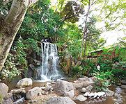 名主の滝公園 約760m(徒歩10分)