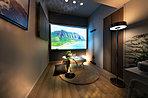 プライベートスペース(モデルルームEタイプ(モデルルームプラン)2018年9月撮影)趣味の部屋や書斎、収納スペースなど、ライフスタイルにに合わせてフレキシブルにお住まいいただけます。