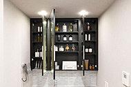 洗面化粧台には見やすい三面鏡と、洗面小物がたっぷり入る扉キャッチ付三面鏡裏収納スペースを設置しました。