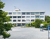松が谷小学校 約70m(徒歩1分)