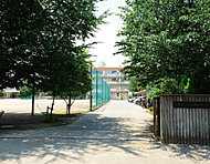 市立朝霞第四中学校 約480m(徒歩6分)