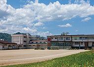 市立興譲小学校 約430m(徒歩6分)