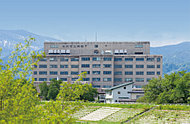 米沢市立病院 約1,100m(徒歩14分)