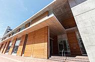 市立米沢図書館・よねざわ市民ギャラリー 約320m(徒歩4分)