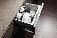 家事の負担を軽減する食器洗い乾燥機