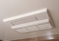 浴室内の湿気を除去し、冬も快適な暖房機能を装備。浴室内で洗濯物も乾燥できます。(image)
