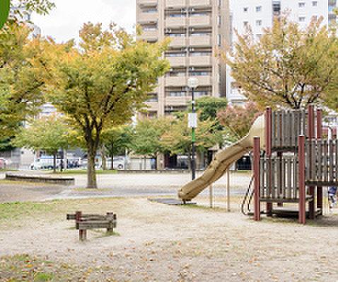 比恵公園 約20m(徒歩1分)