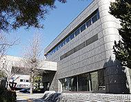 長野市立長野図書館 約870m(徒歩11分)
