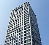 香川県庁 約1.1km(徒歩14分)