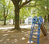 幸町公園 約50m(徒歩1分)