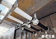 高減衰積層ゴムを使用した免震装置が地震力吸収の優れた能力を発揮します。
