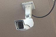 共用部に、防犯カメラを設置。不審者の侵入などから暮らしの安心を守ります。