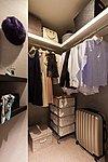 生活家電から衣類までコンパクトに収納可能な高い機能性が魅力です。※Bos・Bosrタイプのみ