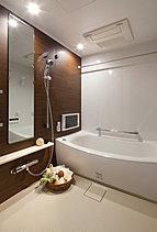 一日の疲れを癒すリラクゼーション空間として設えたバスルームをプランニングしています。