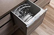洗い物の手間を軽減するビルトインタイプの食器洗い乾燥機を採用。水圧によって一度に洗浄できるので、節水にもつながります。