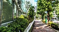 プラチナ通り 約1,400m(徒歩18分)