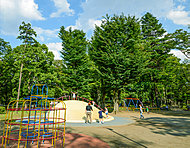 城北中央公園 約60m(徒歩1分)