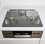 見た目に美しくインテリア性にも優れ、吹きこぼれ等のお掃除も簡単。温度調整機能を備えるなど、安全性にも配慮したコンロです。