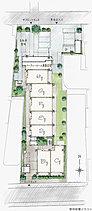 2面が接道する敷地を活かし、住棟配置と植栽のレイアウトで周辺との離隔を確保。三ツ目通りから奥まった環境と相まって、独立性に優れたランドプランを実現しました。