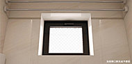 全ての住戸を角部屋とする設計により全邸の浴室に窓を標準設置しています。自然の通風・採光が得られリラックスしたバスタイムをお過ごしいただけます
