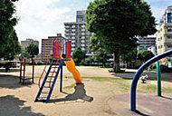 戸井の外公園 約190m(徒歩3分)