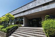 与野南図書館 約690m(徒歩9分)
